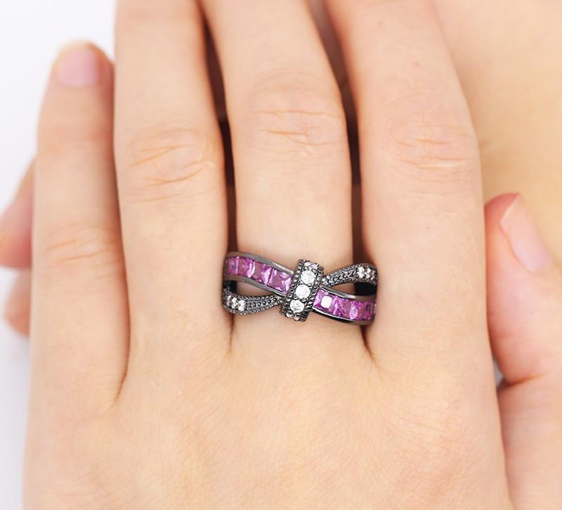 Knot™ – Friendship Ring